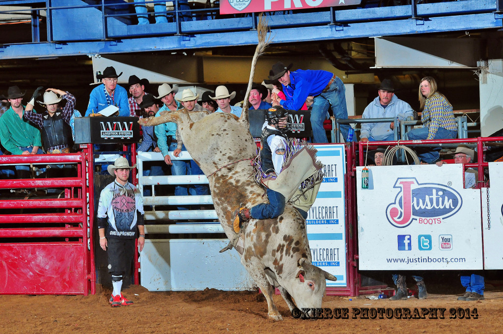 Waco pbr complete results wrap up matthew myers for American classic homes waco tx